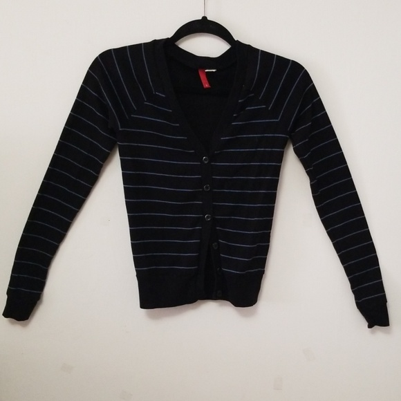 H&M Sweaters - 💎2 FOR $20💎 H&M Striped Cardigan